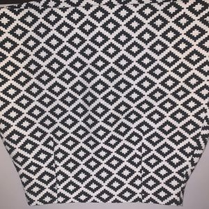 Black and white patterned, high waisted mini skirt